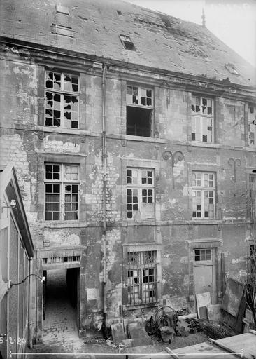 Maison Façade intérieure, Verneau, G.,