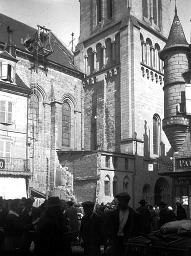 Eglise Saint-Martin Base de la tour, Chaine, Henri (architecte),