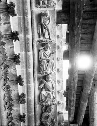 Cathédrale Notre-Dame Rose du bras nord du transept, claveau de voussure, Lajoie, Abel,