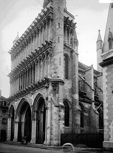 Eglise Notre-Dame Façade ouest, Enlart, Camille (historien),