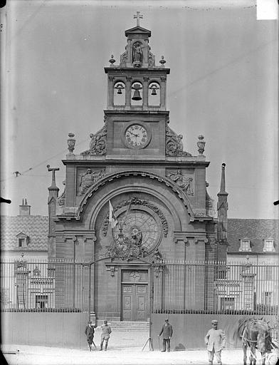 Hôpital général Chapelle Sainte-Croix de Jérusalem : Façade d'entrée, Gossin (photographe),