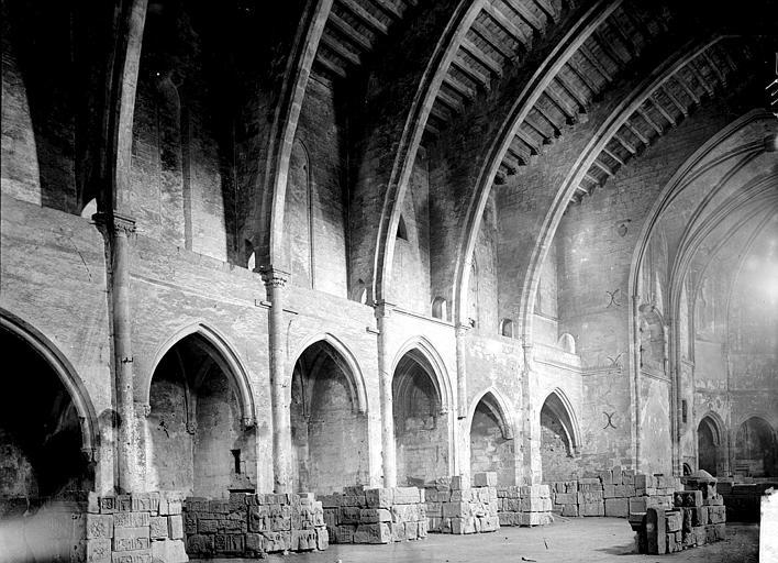 Eglise de Lamourguié (ancienne) Nef vue de l'entrée, Enlart, Camille (historien),