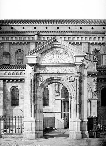 Eglise Saint-Sernin Porte Bachelier, Mieusement, Médéric (photographe),