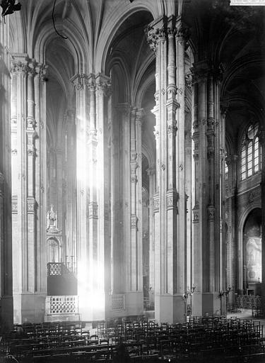 Eglise Saint-Eustache Intérieur, Enlart, Camille (historien),