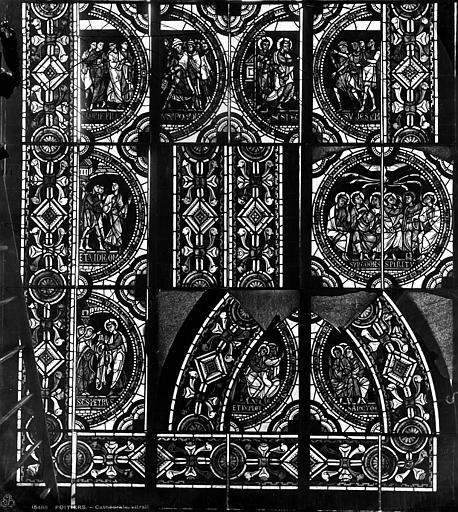 Cathédrale Saint-Pierre Vitrail, fenêtre B, scènes légendaires, fragments, Leprévost (photographe),