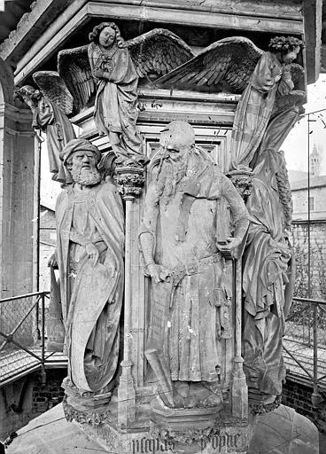 Chartreuse de Champmol (ancienne) Puits de Moïse : Daniel et Isaïe, Delaunay (photographe),