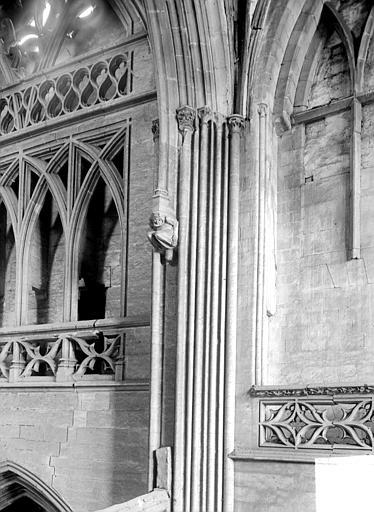 Eglise de Saint-Etienne-le-Vieux (ancienne) Vue intérieure de la tour lanterne : Partie haute, Heuzé, Henri (photographe),
