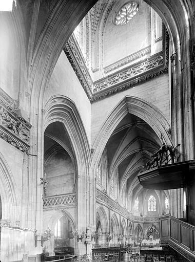 Eglise Saint-Jean Vue intérieure de la croisée, vers le nord-est, Heuzé, Henri (photographe),