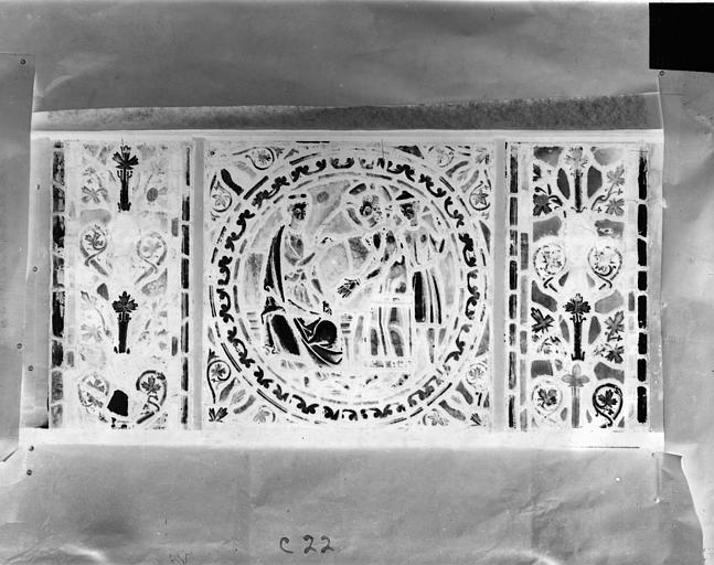 Eglise Saint-Gengoult Vitrail de l'abside, lancette de droite, panneau 23, Romanais (photographe),