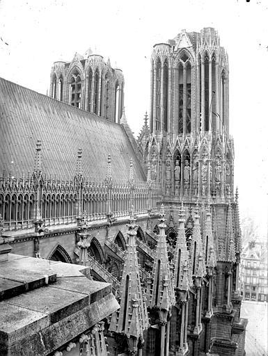 Cathédrale Notre-Dame Toiture de la nef et tour nord, Lajoie, Abel,