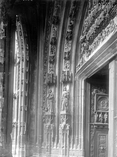 Eglise Saint-Maclou Portail ouest, détail, Enlart, Camille (historien),