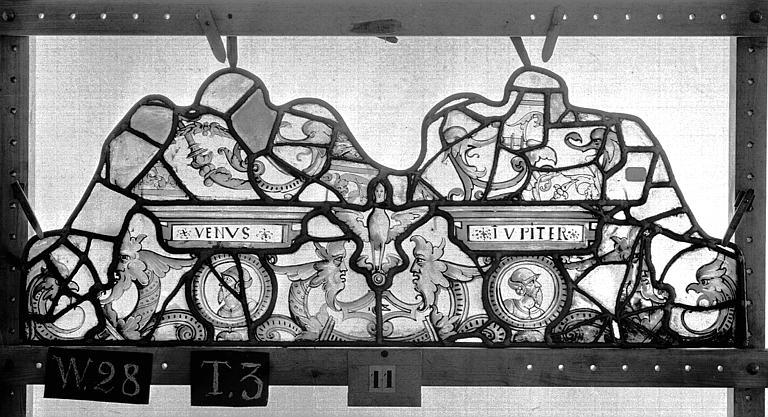 Cathédrale Vitrail, Chapelle Saint-Joseph, lancette de droite, Légende de saint Romain, premier panneau, en haut, Heuzé, Henri (photographe),