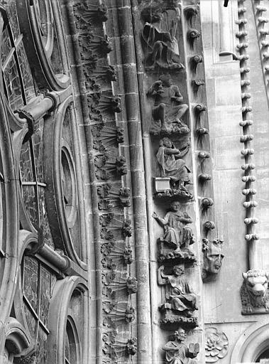 Cathédrale Notre-Dame Rose sud, partie inférieure, à droite, Lajoie, Abel,