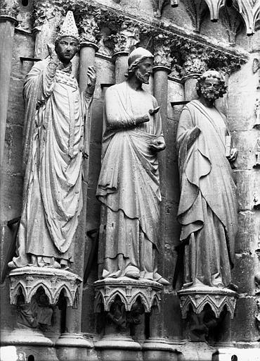 Cathédrale Notre-Dame Portail ouest, trois statues, ébrasement gauche de la porte sud, Lajoie, Abel,