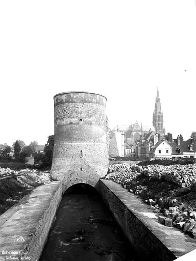 Fortifications (ancienne) Tour, Robert, Paul (photographe),