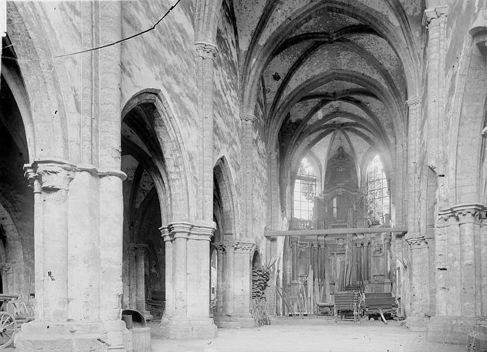 Eglise des Bénédictins (ancienne) Nef vue de l'entrée, Enlart, Camille (historien),