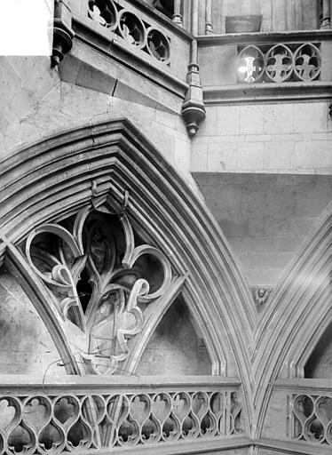 Eglise de Saint-Etienne-le-Vieux (ancienne) Vue intérieure de la tour lanterne : Partie haute (détail), Heuzé, Henri (photographe),