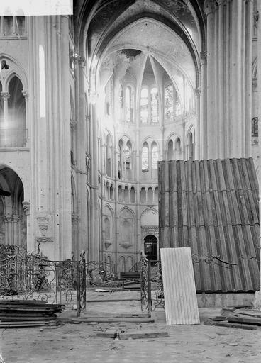 Eglise Notre-Dame (ancienne cathédrale) Bras sud du transept, Service photographique,