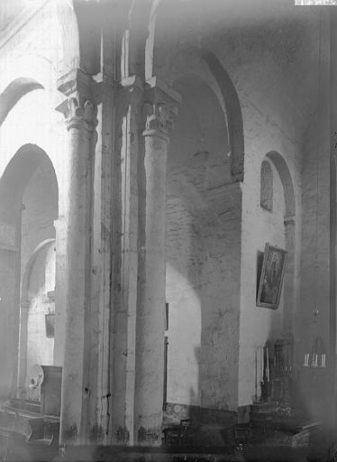 Eglise Saint-Julien Intérieur, vue diagonale, Enlart, Camille (historien),