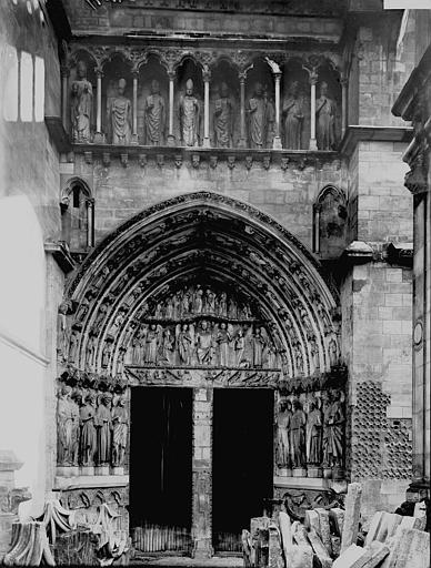 Cathédrale Saint-André Porte royale, Enlart, Camille (historien),