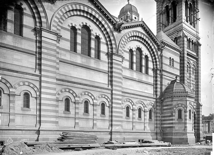 Cathédrale Sainte-Marie-Majeure Façade ouest : partie sud, Mieusement, Médéric (photographe),