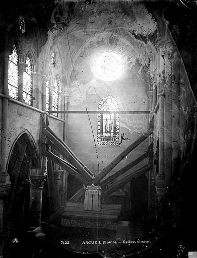 Eglise Saint-Denys Choeur près de l'entrée, Durand, Eugène (photographe),