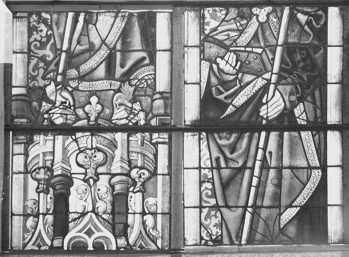 Eglise Vitrail, deux panneaux, Romanais (photographe),