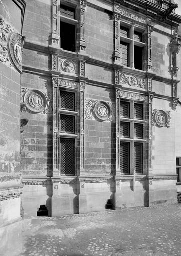 Hôtel Pincé Fenêtres, Magne, Louis,