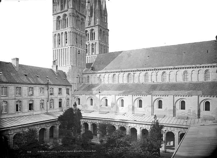 Eglise de Saint-Etienne-le-Vieux (ancienne) Façade sud, vue sur le cloître, Mieusement, Médéric (photographe),