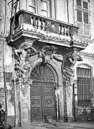 Hôtel de Ville (ancien) Façade sur rue : Portail, Mieusement, Médéric (photographe),