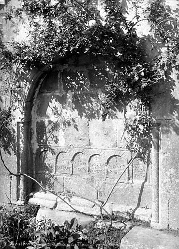 Eglise Saint-Maurice Tombeau, Mieusement, Médéric (photographe),