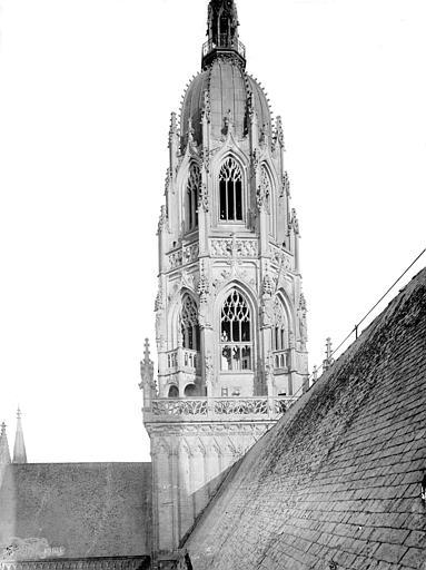 Cathédrale Notre-Dame Tour de la croisée du transept, Mieusement, Médéric (photographe),