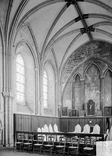 Cathédrale Notre-Dame Salle capitulaire : vue intérieure, Heuzé, Henri (photographe),