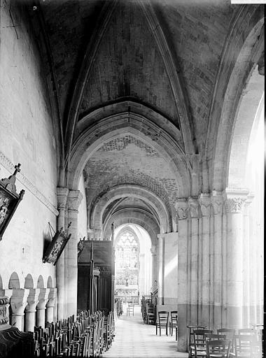 Eglise Saint-Taurin Bas-côté, Enlart, Camille (historien),