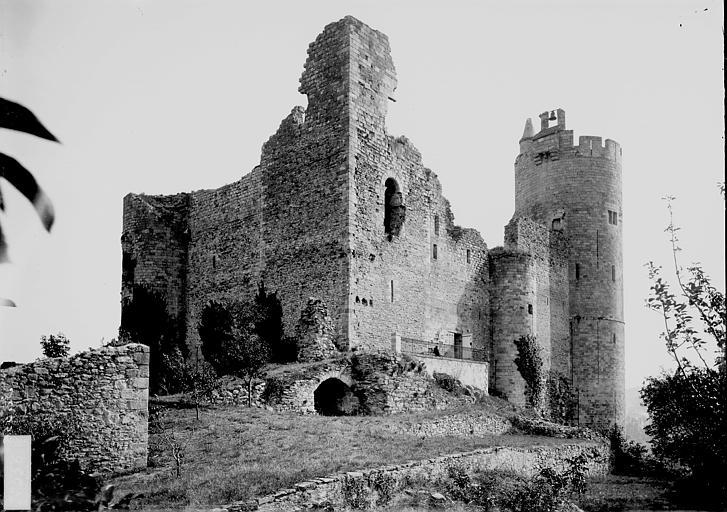 Château Ensemble sud-ouest, Enlart, Camille (historien),