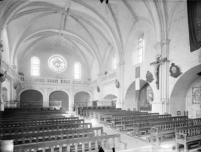 Collège de Jésuites (ancien) dit Collège de Poitiers Chapelle : Vue intérieure de la nef vers le nord-ouest, Gossin (photographe),