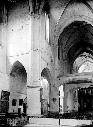 Eglise Saint-Paul-Saint-Serge Nef, Enlart, Camille (historien),