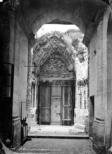 Basilique Saint-Denis Portail de la façade sud, Mieusement, Médéric (photographe),