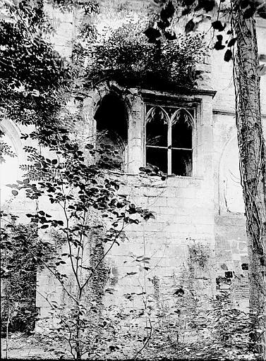 Abbaye du Moncel (ancienne) Fenêtres, Enlart, Camille (historien),