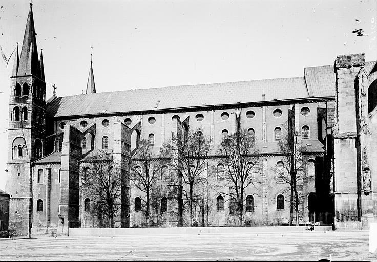 Basilique Saint-Remi Façade sud, Enlart, Camille (historien),