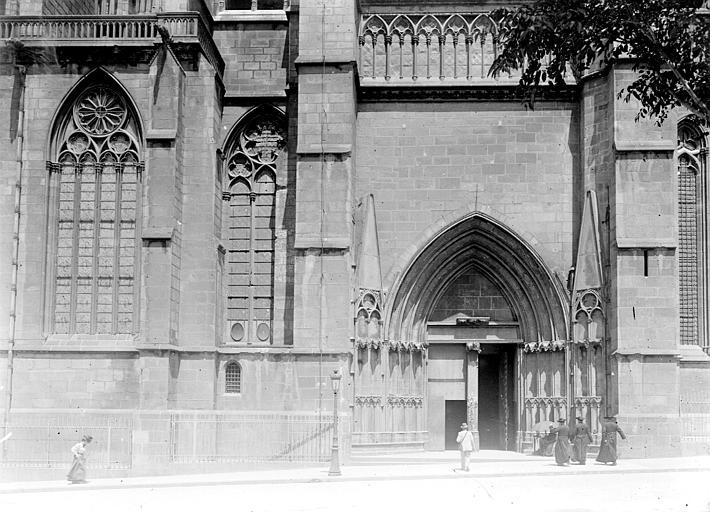 Cathédrale Notre-Dame Portail, Chaine, Henri (architecte),