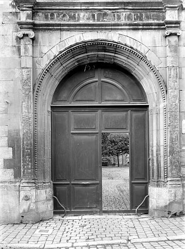 Hôtel-Dieu (ancien) Portail d'entrée, Durand, Jean-Eugène (photographe),