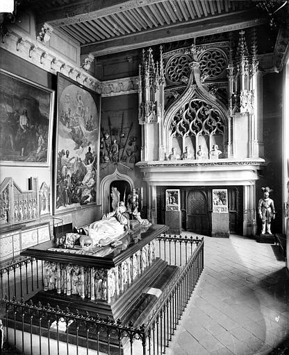 Palais des Ducs et des Etats de Bourgogne (ancien) ; Musée Grande salle des tombeaux, Delaunay (photographe),