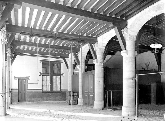 Hôtel de Ville Salle du rez-de-chaussée, Durand, Eugène (photographe),