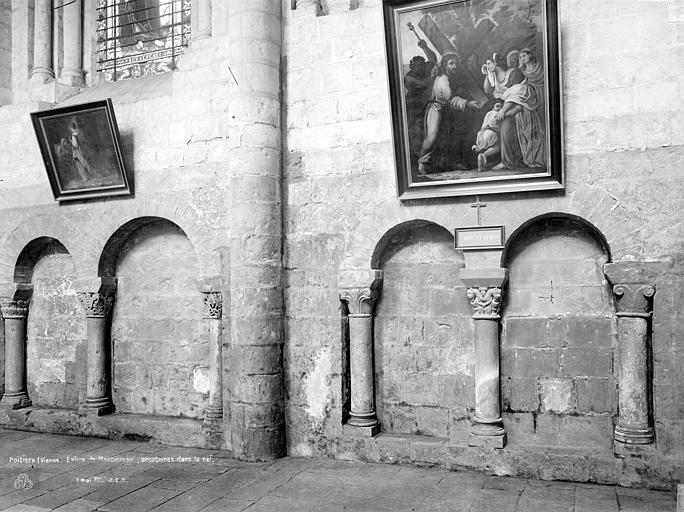 Eglise Saint-Jean de Montierneuf Vue intérieure de la nef : Arcatures, Durand, Jean-Eugène (photographe),