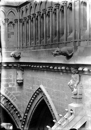 Cathédrale Notre-Dame Cariatides et gargouilles de l'abside, Lajoie, Abel,