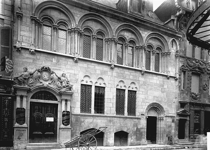 Hôtel Aubriot ou maison Liégeard Façade, Enlart, Camille (historien),