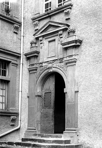 Hôtel de Nayzac Porte sur cour, Mieusement, Médéric (photographe),