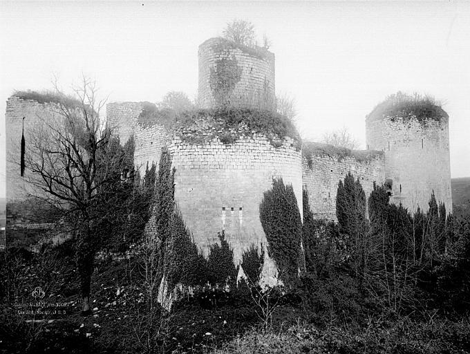 Château du Coudray-Salbart Ensemble, Durand, Eugène (photographe),