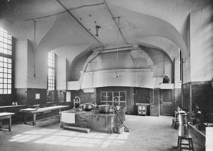 Abbaye aux Hommes (ancienne) Cuisine, Service photographique,